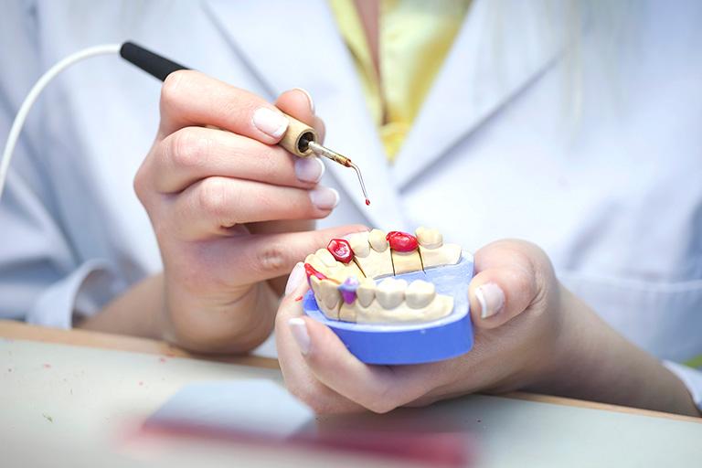Стоматолог ортопед в Твери
